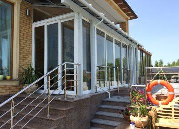 Раздвижные двери на террасу