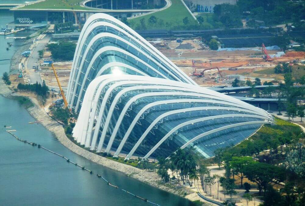 самый громадный сад в Сингапуре