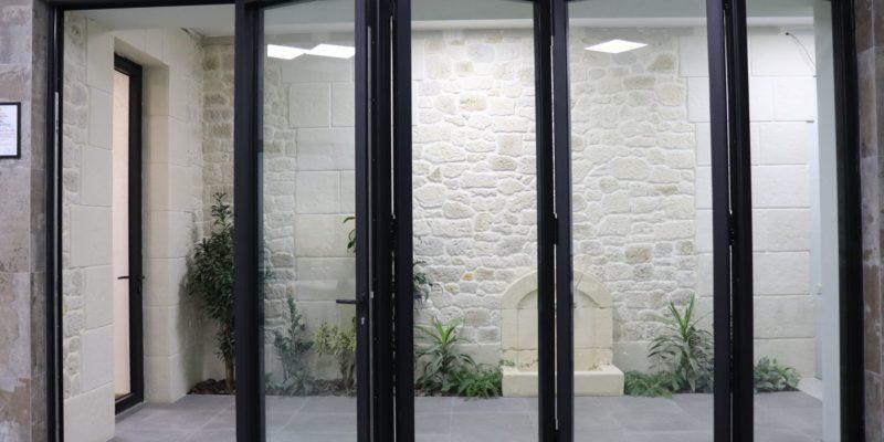 двери гармошка от Компас групп